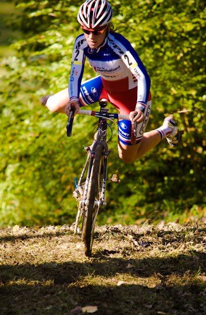 Cyclocross Caroline Remounting