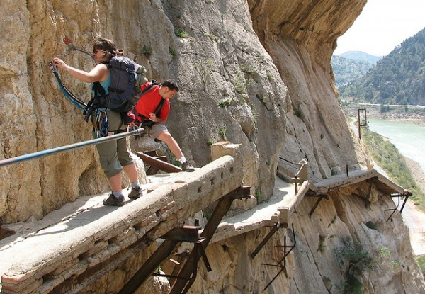 7 ideas for extreme tourism trips el caminito del rey