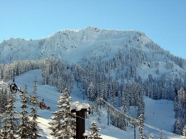 stevens pass ski resort near seattle