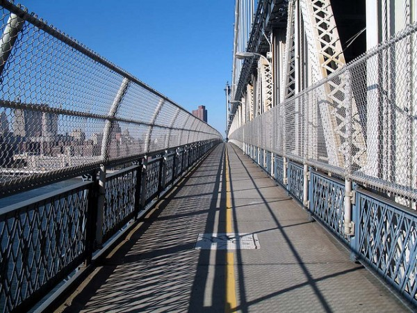 10 action sports for nyc residents manhattan bridge running