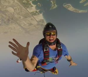alexander-polli-skydiver