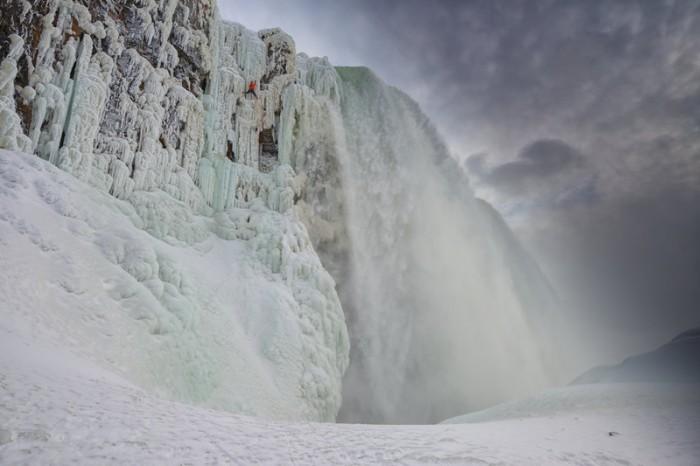 will gadd niagara falls ice climb